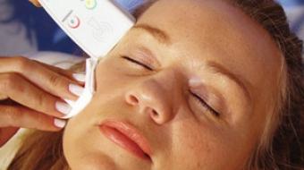 Gesichtsbehandlung mit Radiofrequenz durch Kosmetikstudio Bella Donna Erlangen
