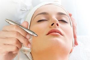 Gesichtsbehandlung mit OxSynergie durch Kosmetikstudio Bella Donna Erlangen